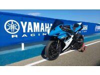 Yamaha R1 - Track Race Bike with V5