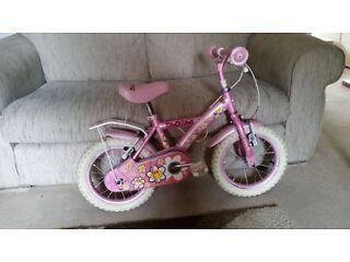 "Girls 14"" apollo Daisy chain bike"