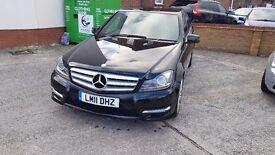 Mercedes-Benz C Class C200 CDI BlueEFFICIENCY Sport 4dr Metallic Black/Full Leather/NAV/Facelift