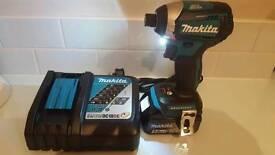 Makita brushless impact driver DTD154 + 5Ah battery + charger