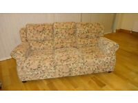 3 SEATER SOFA SETTEE AND MATCHING FOOTSTOOL