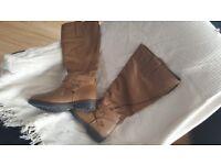Ladies size 8 boots