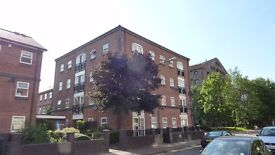 Rooms in large duplex flat 10mins walk from Cardiff City Centre