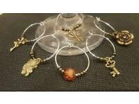 Set of 6 wine glass charms - vintage theme