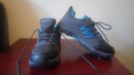 Gelert Horizon Low Waterproof Walking Shoes size 4 Boys Blue/Grey