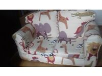 Loose cover sofa for kids