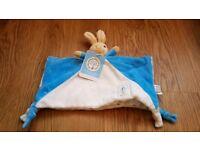 BNWT Peter Rabbit Baby Comforter / Blanket