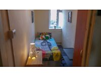 SUPER ECONOMIC SINGLE ROOM, 2 minutes walk from Kennington Station,
