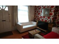 Double room in 2 bed house, in east Croydon, £650pm inc. bills, female