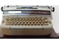 SMITH CORONA ELECTRIC TYPEWRITER FOR SPARES OR REPAIR (FREE)