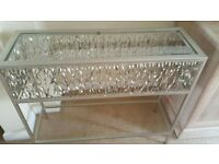 Metal pewter Table
