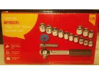 16 piece socket tool set (brand new)