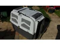 Dog carrier / crate large size approved for air cargo