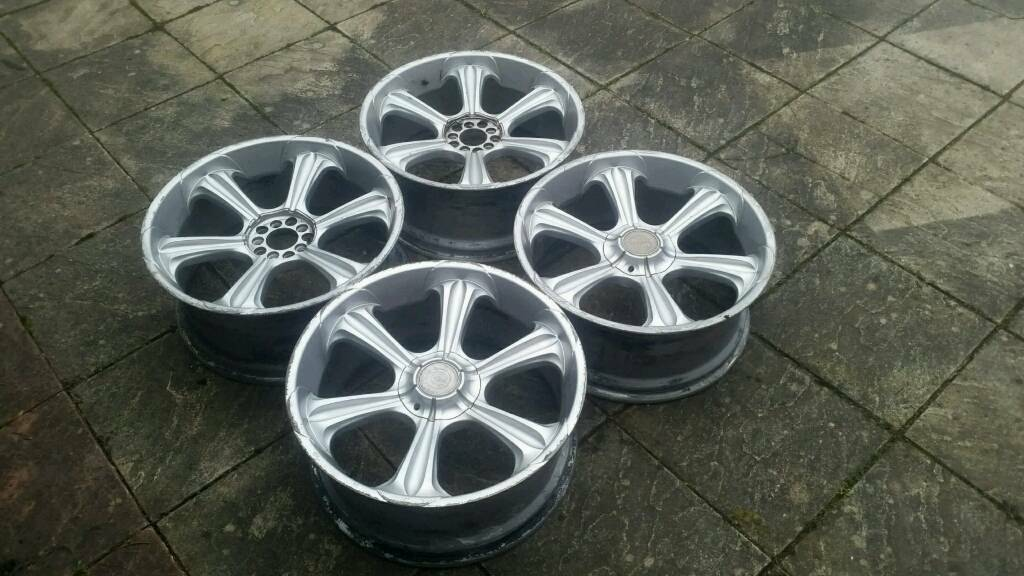 22 Inch Alloy Wheels with 285 35 22 tyres - Range Rover, X5, ML