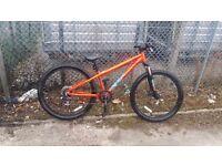 "Mongoose Fireline Dirt Jump Bike - 26"" The Mongoose Fireline Dirt Jump Bike - 26"""