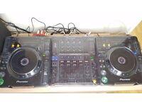 MINT CONDITION Pioneer CDJ 1000 MK3 + DJM 800 + DECKSAVERS + QUNEX QED HQ CABLES + BEHRINGER UCA222