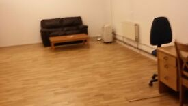Office /studio space to let