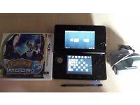 Nintendo 3DS with pokemon moon