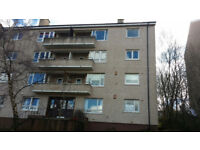 A beautiful Ground floor 2 Bedroom flat in Barrmill Rd G43 1EJ for £600PCM ono