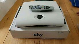 Amstrad DRX550 sky box