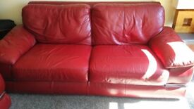 2 & 3 SEATER SOFA'S FOR SALE IN EX COND. ONLY £320