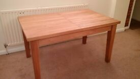 Extending Oak Dining Table - excellent condition - hardly used