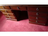 Desk / Chest of drawers