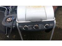 3 burner gas barbecue