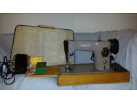 SINGER 201K23 HEAVY DUTY ELECTRIC SEWING MACHINE WITH CASE AND ACCESORIES