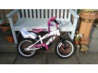 Girls Avigo Beau bike age 5-7 approx