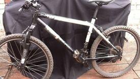 Btwin rockrider sport mountain bike