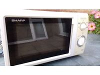 Large Microwave Oven. Sharp. 12.00