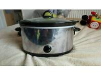 Slow cooker used once perfect condition