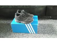 boys addidas trainers size 8 infants