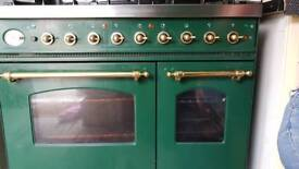 Britannia gas/electric cooker