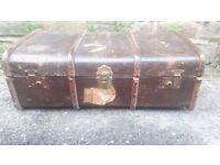 Antique Vintage Retro Wood Bound Storage Steamer Trunk Chest Old Luggage Case Coffee Table Suitcase