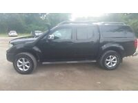 Nissan Navara with snug top