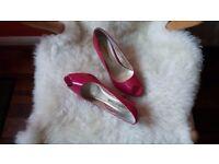 Mode in Pelle Peep Toe Shoes