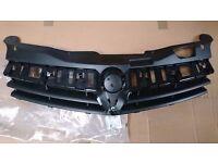 Genuine Vauxhall Astra 3door Hatch & Convertible Radiator Grill Moulding (new) 13241969