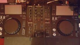 Pioneer XDJ 700 (pair) Pioneer DJM 350