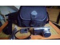 Samsung NX mini 9-27mm lens, black, mint,original carry bag 2 batteries,tripod,selfie stick