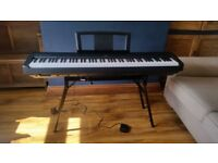 YAMAHA P-35 DIGITAL PIANO WITH STAGG STAND, PEDAL AND BOOKS. MINT CONDITION. HARDLY USED.