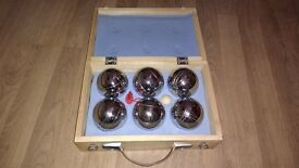 Boules set in wooden carrying box
