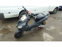 Aprilia sr 50 with 70kit 2010 with mot nice scooter moped runs great stage 6 exhaust like piaggio