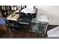LARGE CLEAR GLASS FLAT SCREEN TV STAND - IN GOOD CONDITION! - CHROME LEGS