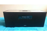 Loewe SoundBox hifi system - iphone/CD/radio player