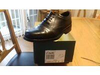 mens black clarkes dress shoes