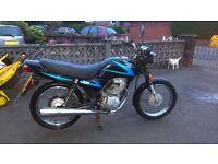 Honda CG 125 2002 black and blue