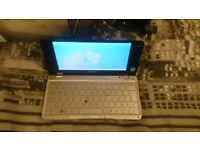 Sony Vaio P VGN-P11Z Ultra-Portable Laptop with Windows 7