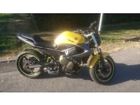 Yamaha XJ6 2009 Yellow Naked / Streetfighter Good condition Garaged only 10k Miles!